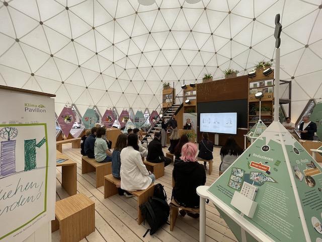 Besuch im Klima-Pavillon